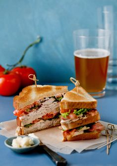 NYT Cooking: Oh, the perfection of a well-made club sandwich: layers of crisp ba. Club Sandwich Receta, Club Sandwich Recipes, Chicken Sandwich Recipes, Sandwich Fillings, Tapas, Ideas Sándwich, Chicken Club, Homemade Mayonnaise, Picnic Foods