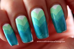 nuthin' but a nail thing: 33 Day Challenge - Day 8 - Chevrons