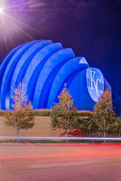 The Kauffman Center wrote its loyalty large on the west facade.