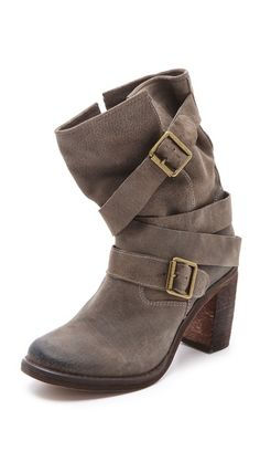 Jeffrey Campbell suede boots - I'll take a pair!!