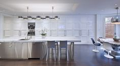 St. Charles of New York gives us tips to tailor a kitchen to an individual style