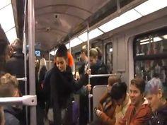 Fou rire général dans le métro
