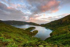 "Dreaming Place - Lagoa do Fogo São Miguel Island, Azores - Portugal Nikon D810 + Nikon 16.0-35.0 mm f/4 Lee ND Grad 0.6 HE + Lee ND Grad 0.75 SE Follow me in <a href=""https://www.facebook.com/ARoxoPortfolio"">Facebook</a> | <a href=""https://instagram.com/aroxo/"">Instagram</a> | <a></a>"
