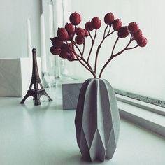 Christmas choice_Carambola concrete vase