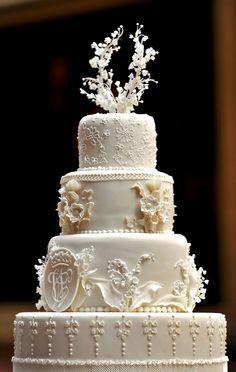 elegant cake #wedding