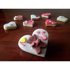 """""""Sevgililer günü kurabiyesi  #sekerhamurlupasta #butikpasta #sekerhamuru #pasta #biryaspastasi #sevgililergunupastasi #mevlut #komsuatolye #babyshower…"""""""