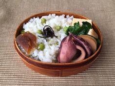 うすい豆ご飯(奈良漬け、あらめ煮)、烏賊と筍の炊いたん、小松菜煮浸し、出汁巻き