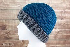 One stitch, two looks! This unique stitch is easy to learn, fun to use and you can change the up texture of this hat just by turning after each round.