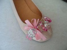 beige-pink  ballerina with hello kitty. ellishoes.blogspot.com