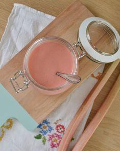Rhabarber Curd mit Lillet Rosé-Touch