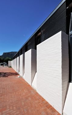 Gallery of The International School of Hout Bay / Luis Mira Architects + StudioMAS + Sergio Aguilar - 14 International School, Town Hall, Sidewalk, Spa, Exterior, Contemporary, Architects, Gallery, Outdoor Decor