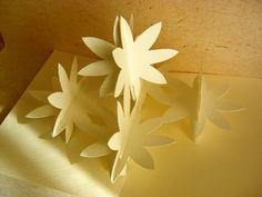 花のポップアップカード http://plaza.rakuten.co.jp/popuplover/diary/201102190000/