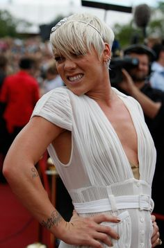 Pink Singer | Pink Singer Pink (Alecia Moore) arrives at the 2008 ARIA Awards at ...
