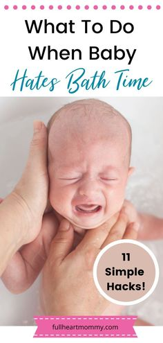 Want to know how to make bath time easier for baby and you? Here are 11 hacks for baby bath time that will make the whole experience better. Try these today even if your baby hates baths! Baby Bath Seat, Baby Bath Toys, Newborn Baby Tips, Newborn Care, Design Thinking, Baby Life Hacks, Mom Hacks, Baby Baden, Baby Must Haves