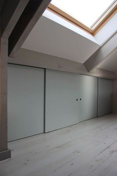 It's mind-boggling! Find out more about these Six good ideas all about Loft Storage, House, Overhead Garage Storage, Bedroom Loft, New Homes, Loft Room, Loft Spaces, Loft Conversion Bedroom, Overhead Garage