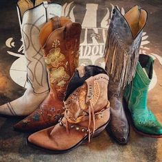 Lovin these Junk Gypsy boots! Get more Junk Gypsy style here >> http://www.greatamericancountry.com/shows/junk-gypsies?soc=pinterest