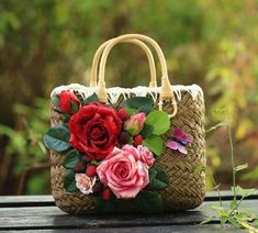 Summer Straw Bags for Women 2017 Luxury Flowers Handmade Woven Beach Bag Travel Women's Handbags Bolsa Feminia bags handbags style Summer Straw Bags for Women 2017 Luxury Flowers Handmade Woven Beach Bag Travel Women's Handbags Bolsa Feminia Woven Beach Bags, Beach Tote Bags, Luxury Flowers, Beach Flowers, Retro Flowers, Diy Flowers, Flower Bag, Creation Couture, Fashion Handbags