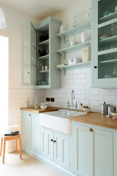 home decor kitchen The Classic English Kitchen by deVOL Kitchen Cabinet Colors, Kitchen Redo, Home Decor Kitchen, Interior Design Kitchen, Country Kitchen, New Kitchen, Kitchen Remodel, Kitchen Dining, Kitchen Cabinets