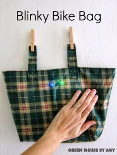 Green Issues by Agy: Upcycling My Umbrella to a Blinky Bike Bag
