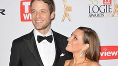 Funny man Hamish Blake and his wife, author and beauty guru Zoe Foster, are expecting their first child.