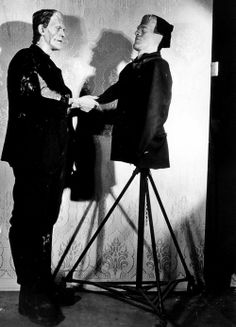 Boris Karloff and a dummy that was used to test lighting set-ups in Frankenstein (1931)