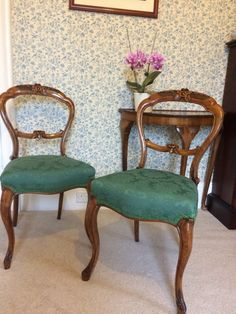 Fabric Dining Room Chairs, Chair Fabric, Antique Chairs For Sale, Hand Chair, Victorian Chair, Nursing Chair, Pattern Fabric, Side Chairs, Damask