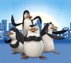 Los pingüinos de Madagascar. Por separado molan, y en conjunto más aún. Unos dibujos que merece la pena ver junto a los niños.