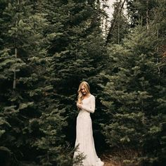 Simple moments in the woods. Wedding First Look, Dream Wedding, Wedding Dreams, Wedding Couples, Wedding Bride, Wedding Photography Examples, Barefoot Wedding, Photographer Wanted, Lodge Wedding