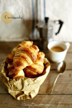 Good Morning Breakfast, Perfect Breakfast, Breakfast Time, Bake Croissants, Argentine Recipes, Donuts, Hot Chocolate Recipes, Finger Foods, I Foods