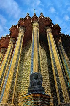 Temple of Emerald Buddha ,Bangkok , Thailand  Love this building, I want to go take a closer look. So much detail and color.