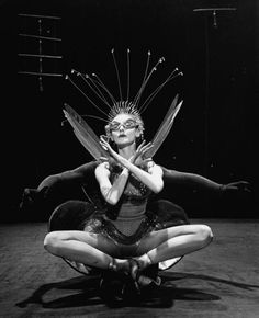 Dancer Tanaquil LeClercq w. unident. dancer in New York City Ballet production of Metamorphosis, 1953 photo by Gjon Mili from LIFE #experimentsinmotion #motion #dance