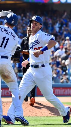 Dodgers Nation, Let's Go Dodgers, Dodgers Girl, Dodgers Baseball, Baseball Guys, Baseball Season, Baseball Stuff, Dodgers Outfit, Cody Love