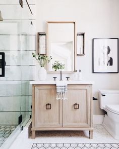 how to style a room/transitional bathroom