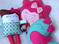Jogo de almofadas ovelhinha, passarinho e boneca de pano