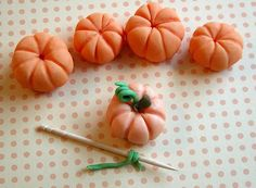 Fondant pumpkins, step six More