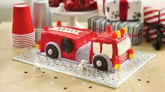 Betty Crocker and Howdini.com help you create four-alarm excitement with a fire engine cake.
