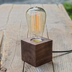 Wood Block Tungsten Lamp