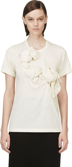 Short sleeve fine wool t-shirt in ivory. Crewneck collar. Knot accents at front. Tonal stitching. CDG