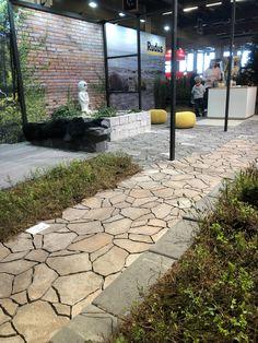 Luotokivi messuilla. Semi Detached, Detached House, Sidewalk, Backyard, Garden, Patio, Garten, Side Walkway, Lawn And Garden