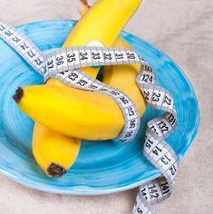 Tu je návod ako žena stratila 18 kíl! Môžte stratiť až 5 kíl za týždeň za pomoci týchto dvoch ingrediencií! Nordic Interior, Alkaline Diet, Detox, Make It Simple, Smoothies, Food And Drink, Health Fitness, Weight Loss, Fruit