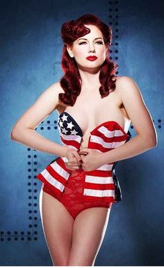 Nothing sexier than a Corset... Makes any woman 5 point more sexier. Add america and it's a win... win...