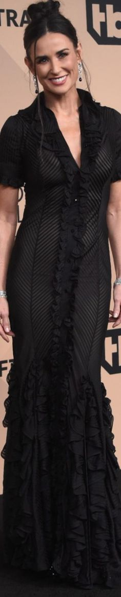 Demi Moore wearing Zac Posen 2016 SAG Awards women fashion outfit clothing style apparel @roressclothes closet ideas