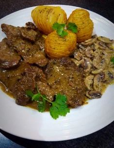 Pepper Steak With Creamy Mushrooms recipe by 🍨🍰ayshdok🍕🍟 posted on 04 May 2019 . Recipe has a rating of by 1 members and the recipe belongs in the Beef, Mutton, Steak recipes category Creamy Mushrooms, Sauteed Mushrooms, Steak Recipes, Cooking Recipes, Pepper Steak, Food Categories, Fresh Garlic, How To Cook Steak, Cooking