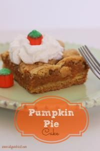 Layered Pumpkin Pie Cake on MyRecipeMagic.com is so moist and delicious! #pumpkin #pie #cake