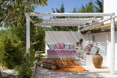 HOUSE TOUR: A Breezy Portuguese Retreat Designed For Relaxation   - ELLEDecor.com