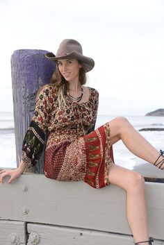 This great piece is cute and comfortable, with eggplant sleeves, a front drawstring and wonderful fabric.