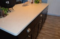 Quartz Countertop done by Melling Granite