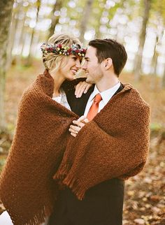 Fall Engagement Photo Shoot and Poses Ideas 47
