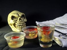 Halloween Jell-O Shots. Use for a Halloween party. Use a black light behind it Halloween Jello Shots, Halloween Cocktails, Halloween Bebes, Halloween Treats, Halloween Party, Creepy Halloween, Halloween Stuff, Holiday Treats, Holiday Recipes