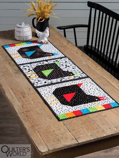 New Quilt Patterns - Here is a great block for a fun table runner. Make the chicken whimsical with blacks, whites and fun bright fabrics! Finished size: x Designed by Chris Malone. Previously published in Quilter's World Spr Patchwork Table Runner, Quilted Table Runners, Quilted Table Runner Patterns, Table Topper Patterns, Table Toppers, Chicken Quilt, Colorful Quilts, Quilt Patterns Free, Plastic Canvas